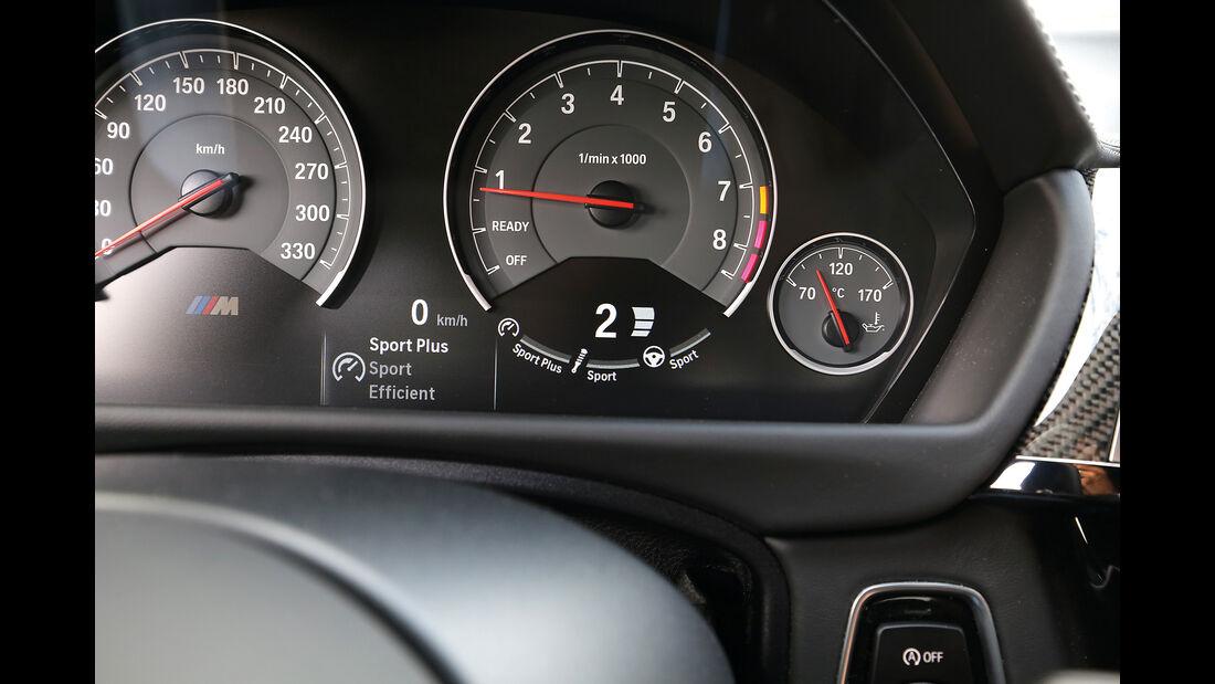 BMW M3 Competition, Rundinstrumente