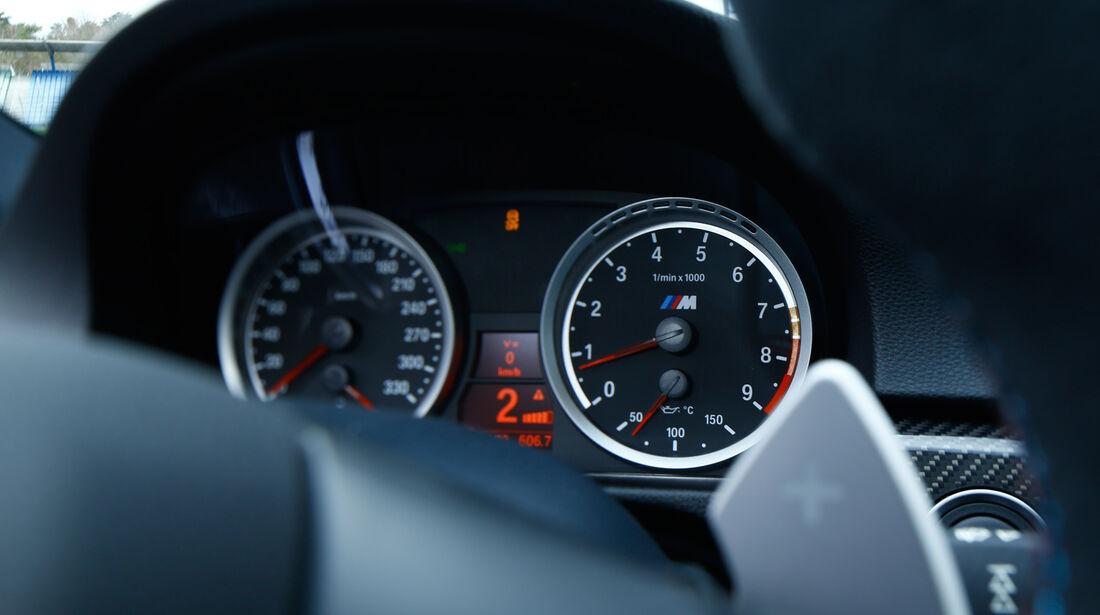 BMW M3 Coupé  E92, Rundinstrumente