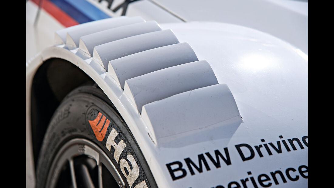BMW M3 DTM, Kotflügel