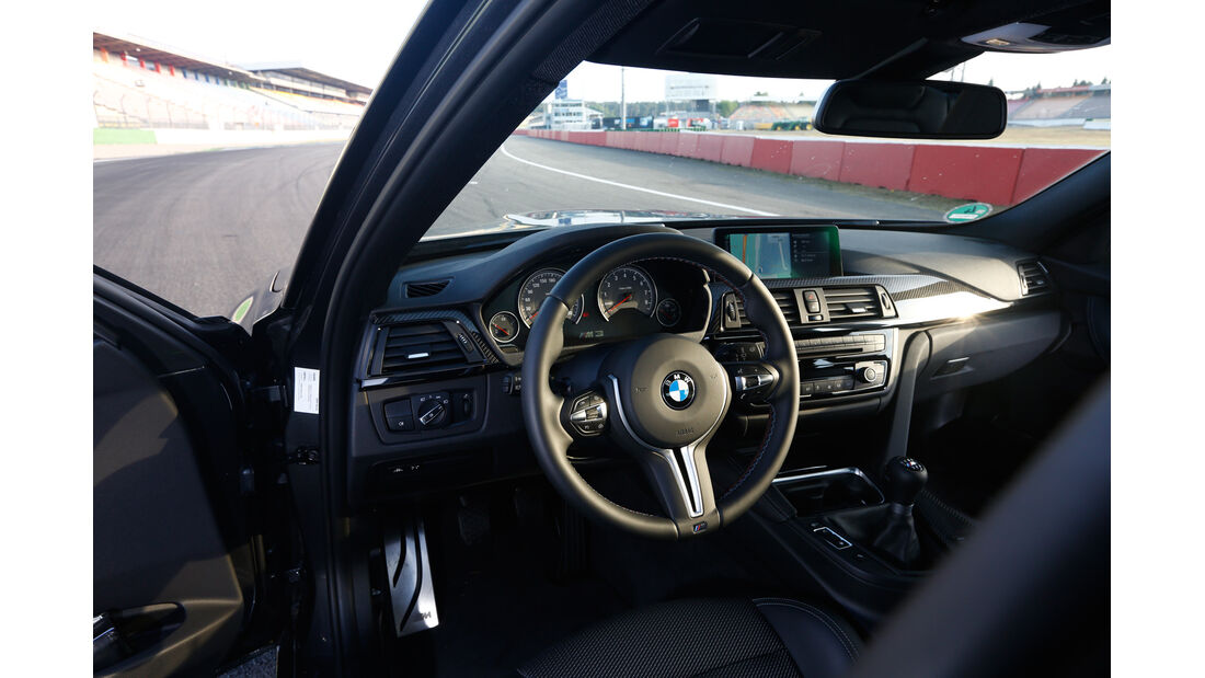 BMW M3 F80, Cockpit