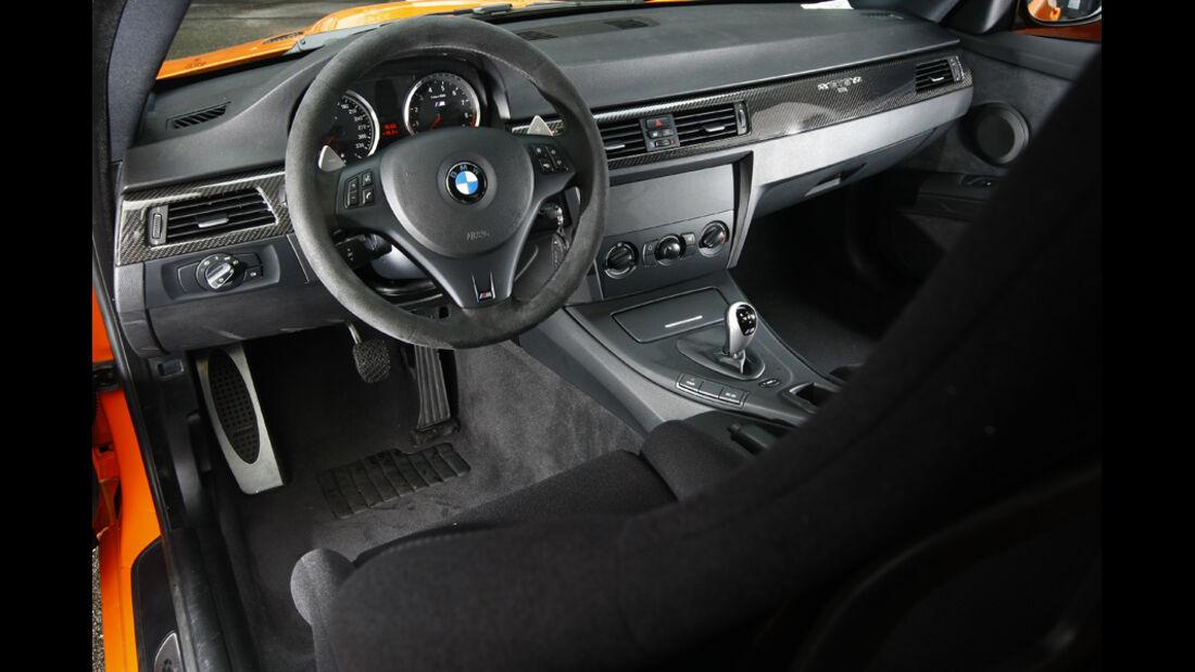BMW M3 GTS, Cockpit