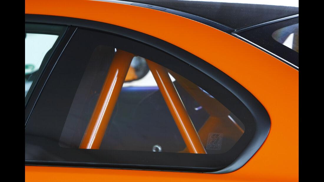 BMW M3 GTS, Seitenfenster mit Überrollbügel