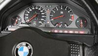 BMW M3, Rundinstrumente