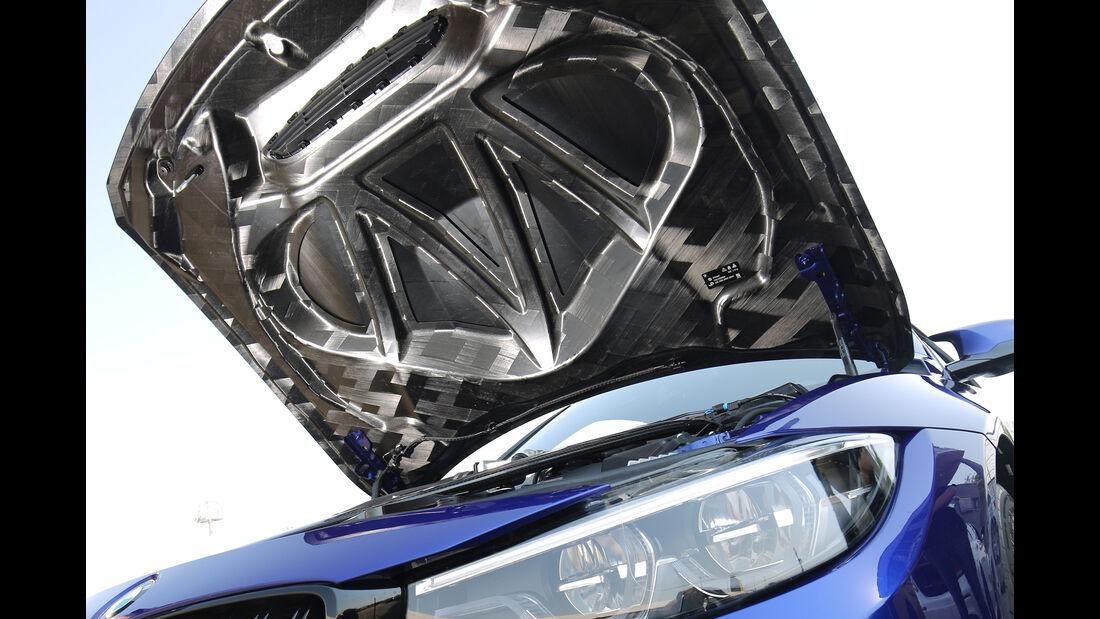 BMW M4 CS, Motorhaube
