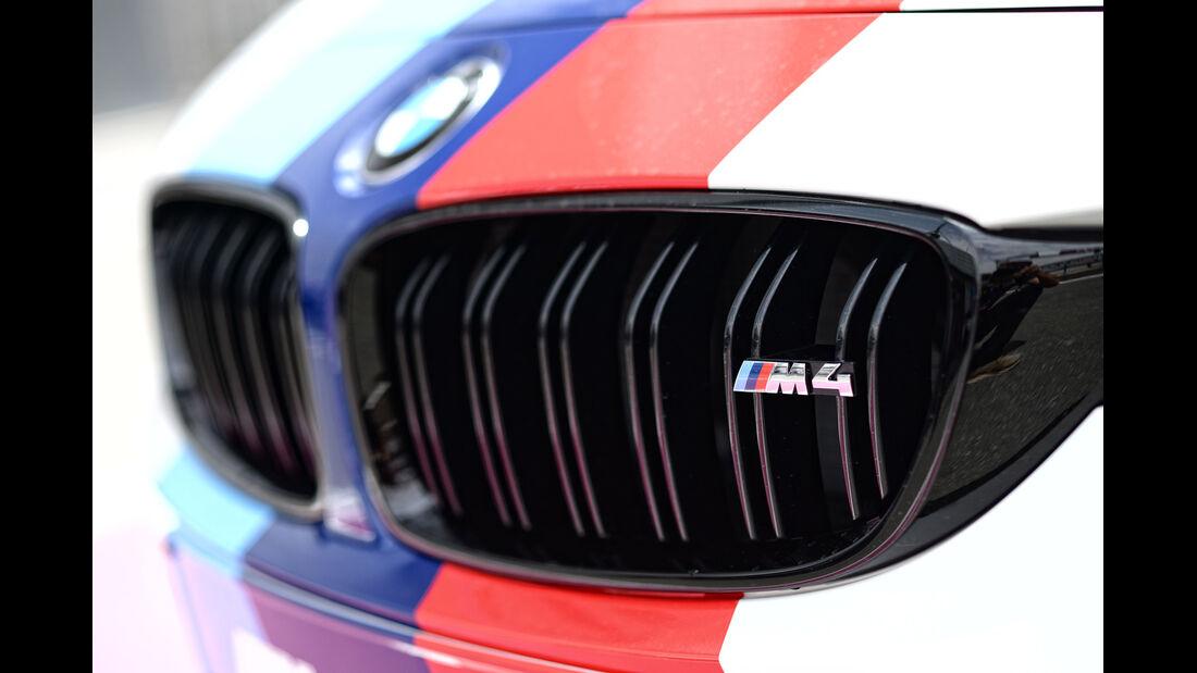 BMW M4 Coupé Safety Car, Kühlergrill