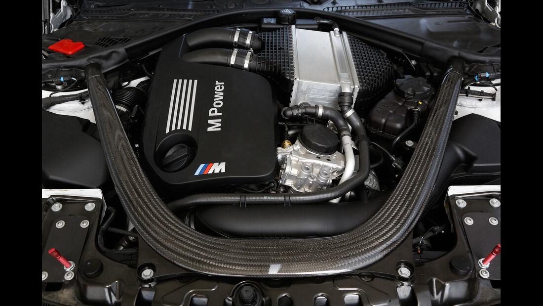 BMW M4 Coupé Safety Car, Motor