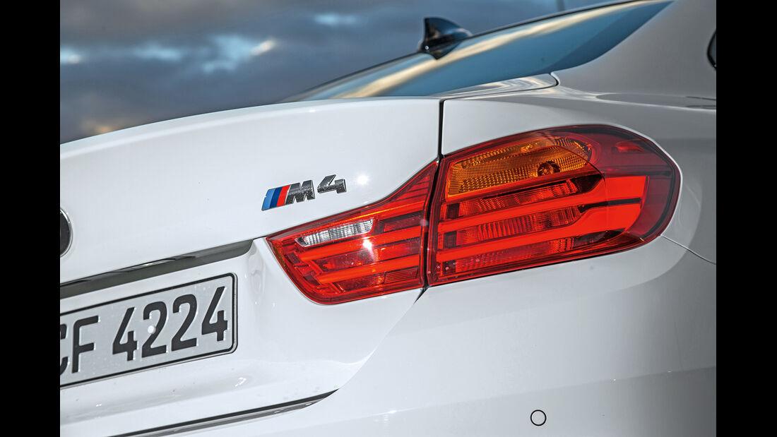 BMW M4 Coupé, Typenbezeichnung