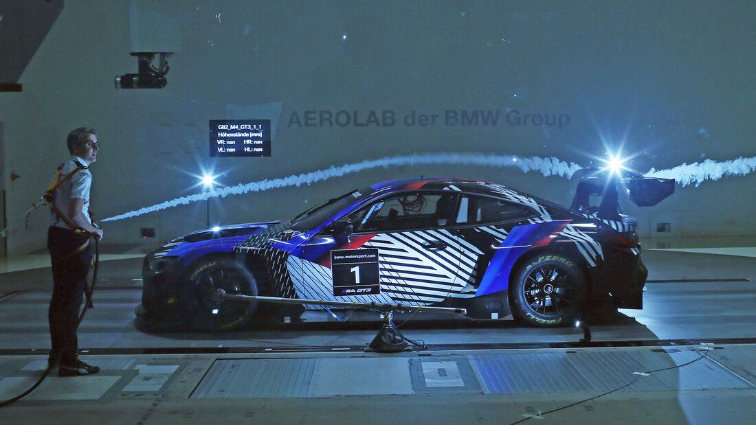 BMW M4 GT3 Test in Monteblanco und Almeria