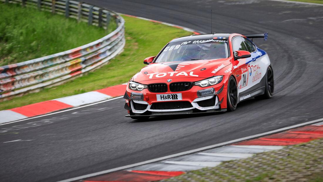 BMW M4 GT4 - Walkenhorst Motorsport - Startnummer #74 - Klasse: SP 10 (SRO-GT4) - 24h-Rennen - Nürburgring - Nordschleife - 03. - 06. Juni 2021