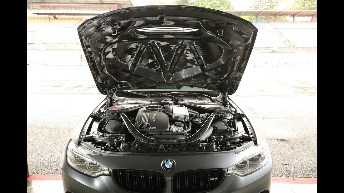 BMW M4 GTS, Motor