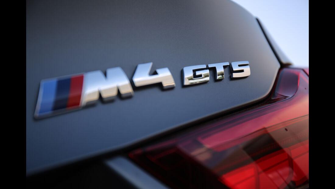 BMW M4 GTS, Typenbezeichnung