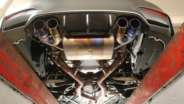 BMW M4 GTS, Unterboden