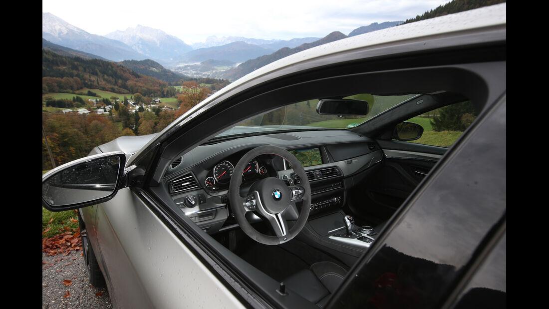 """BMW M5 """"30 Jahre M5"""", Cockpit"""