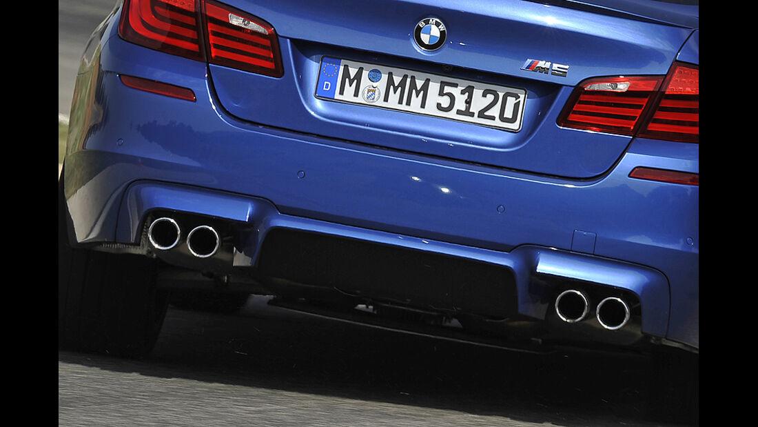 BMW M5 Auspuffendrohre
