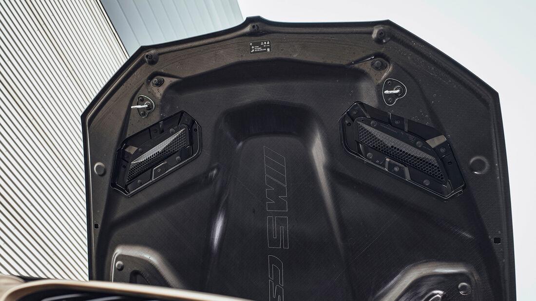 BMW M5 CS, Motorhaube