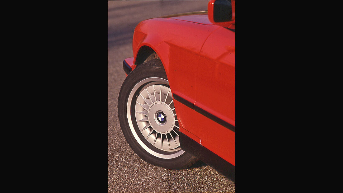 BMW M5 (E34)