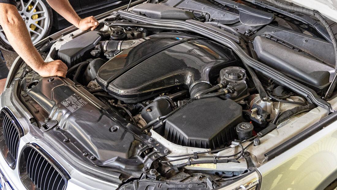 BMW M5 (E60), Motor