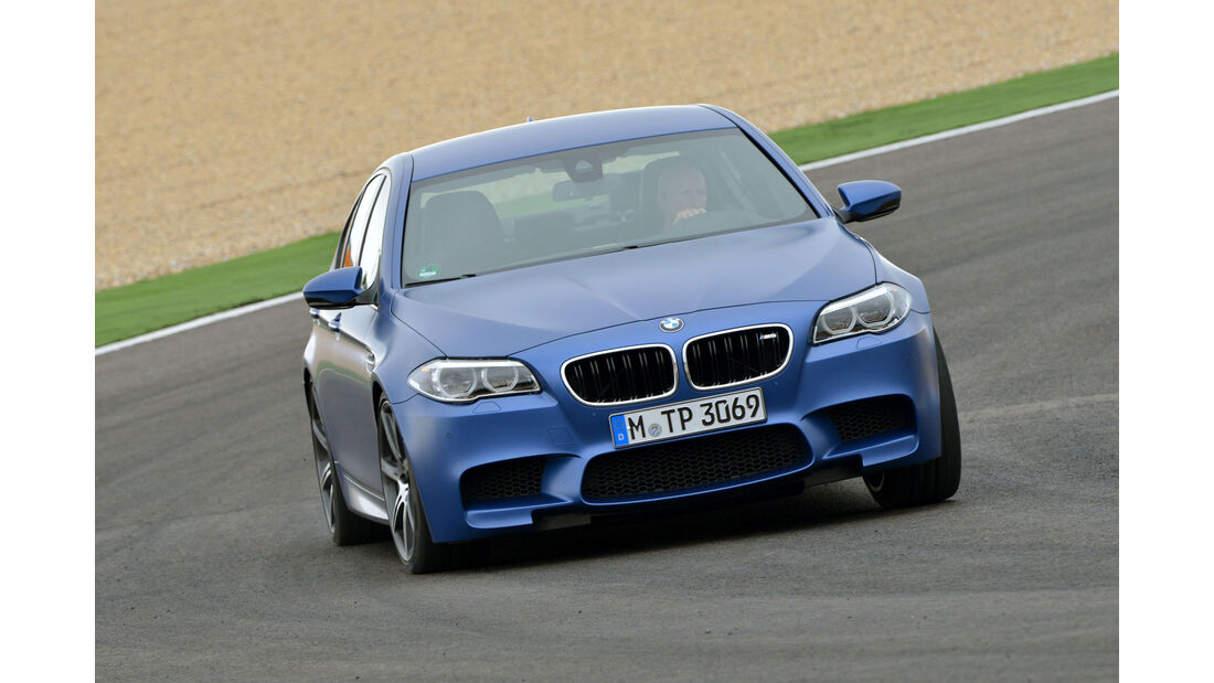 BMW M5 F10 (Competition Paket / 2013) - Frontansicht