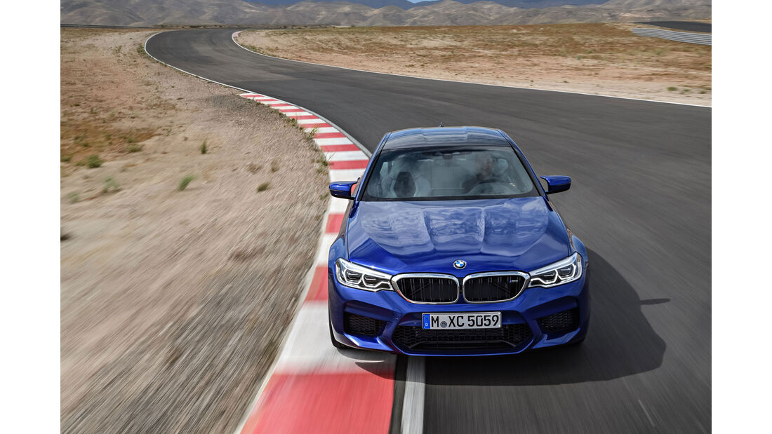 BMW M5 F90 - Business-Limousine - Frontansicht - CFK-Dach