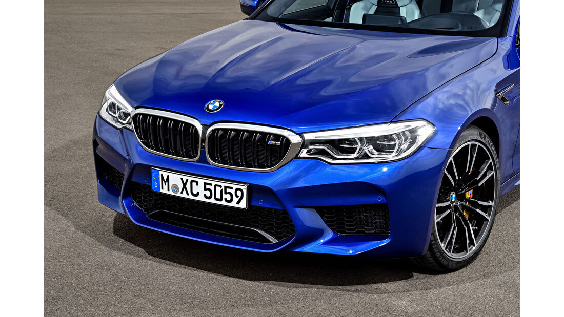 BMW M5 F90 - Business-Limousine - Frontstoßfänger