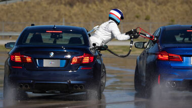BMW M5 (F90) - Drift - Rekord - BMW USA