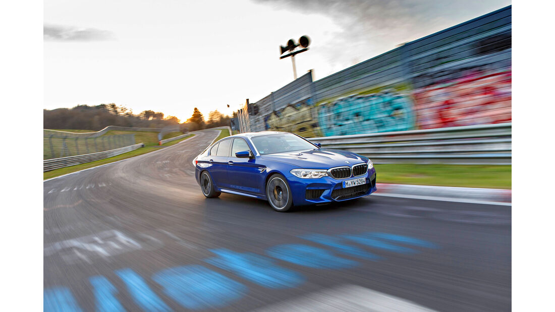 BMW M5 (F90) - Supertest - Limousine