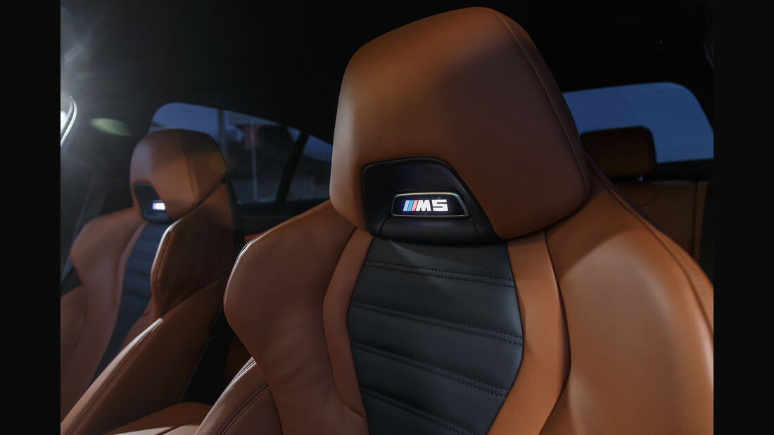 BMW M5, Interieur