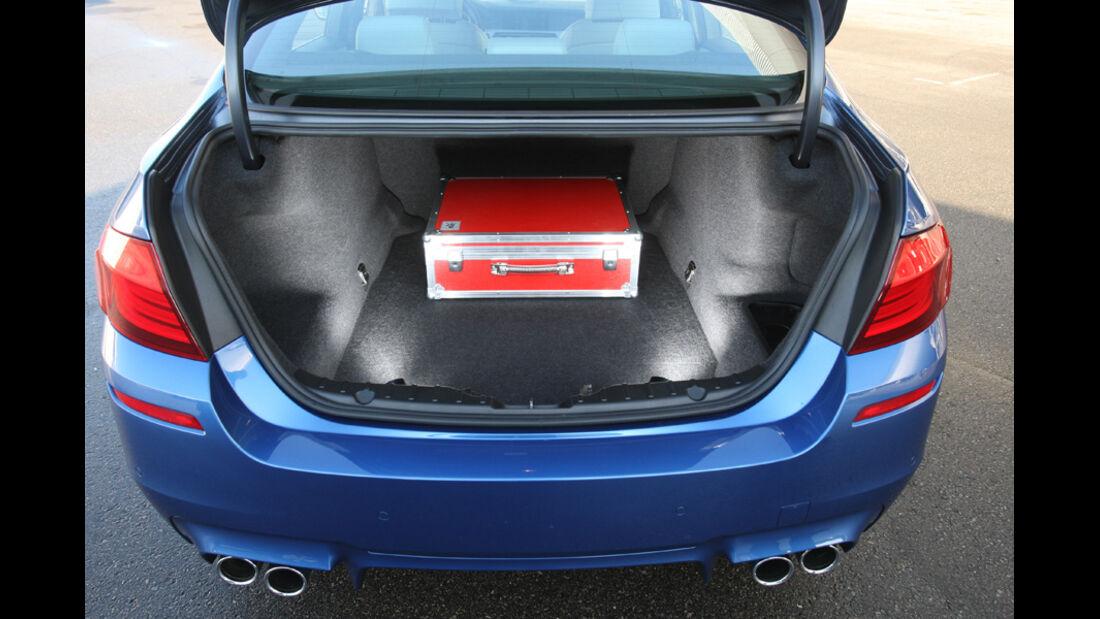 BMW M5, KOfferraum