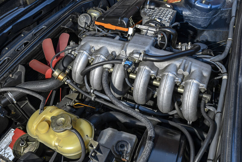 BMW M535i, Motorraum