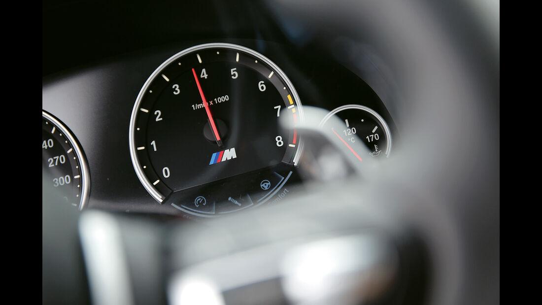 BMW M6 Competition, Anzeigeinstrument