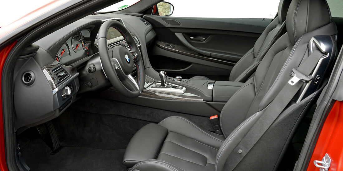 BMW M6 Competition, Cockpit