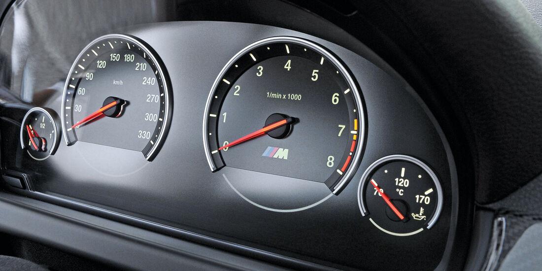 BMW M6, Rundinstrumente, Tacho