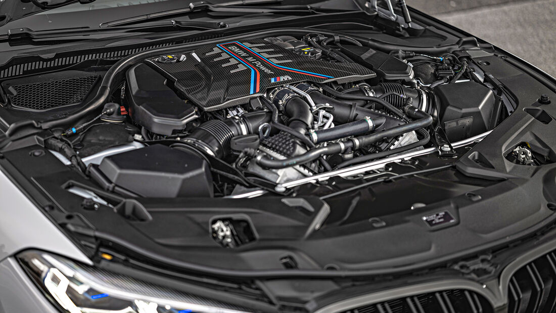 BMW M8 Gran Coupe, Motor