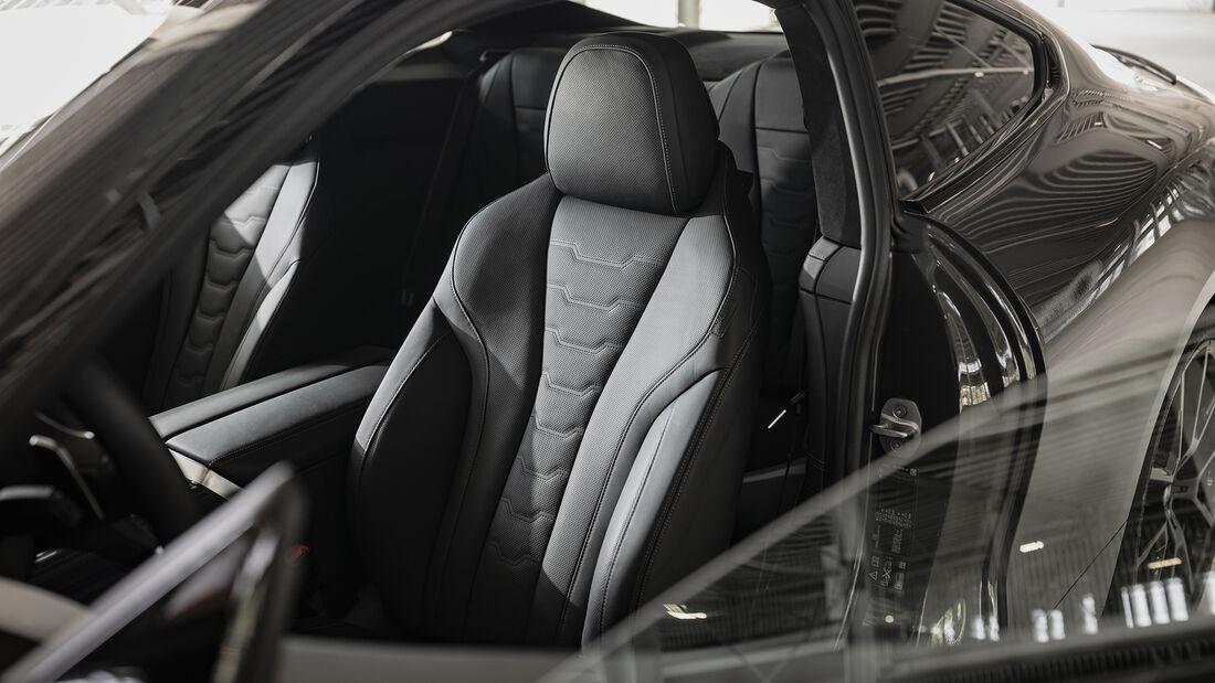 BMW M850i, Interieur