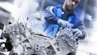 BMW V8 Motor Bau Produktion