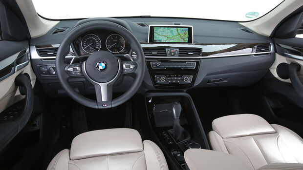 BMW X1 20d xDrive, Cockpit