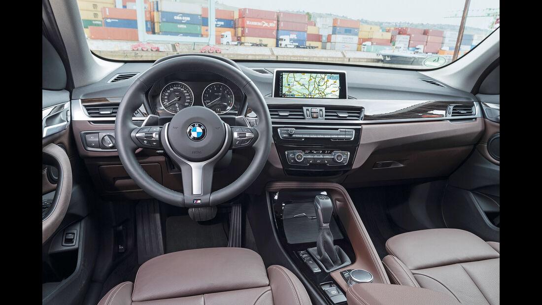 BMW X1 20i xDrive, Cockpit
