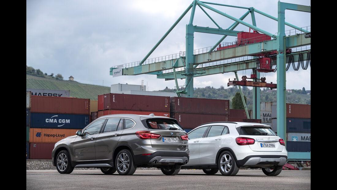 BMW X1 20i xDrive, Mercedes GLA 220 4Matic, Heckansicht