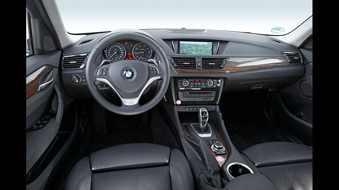 BMW X1, Cockpit