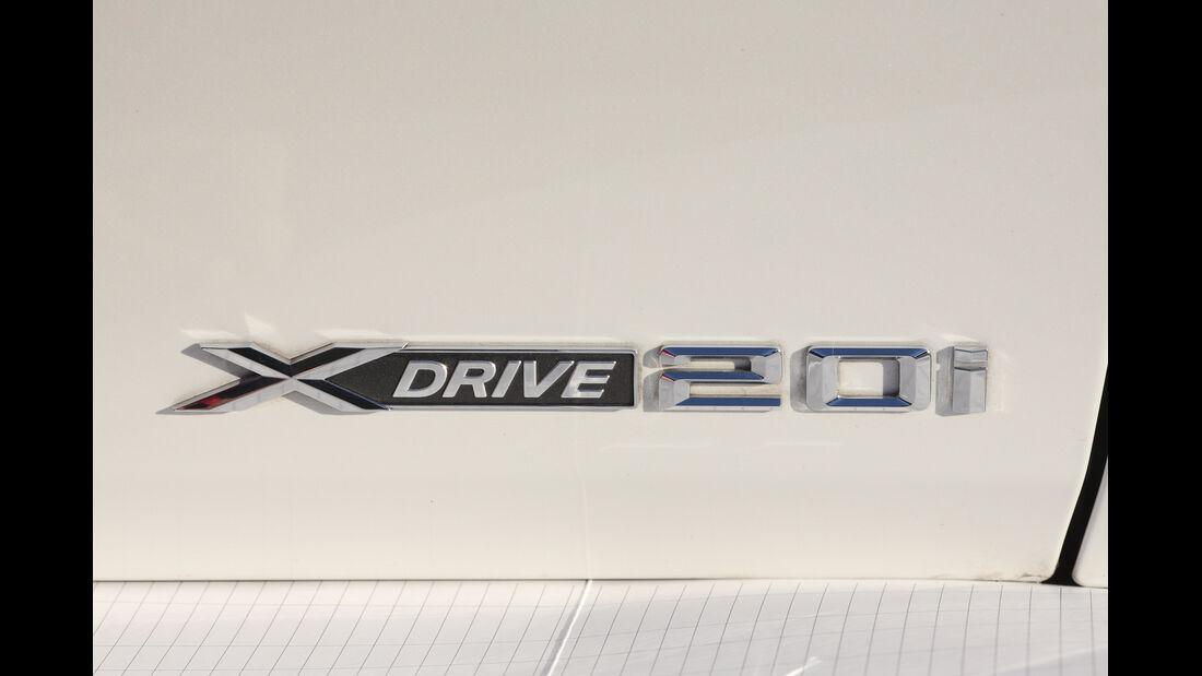 BMW X1, Typenbezeichnung