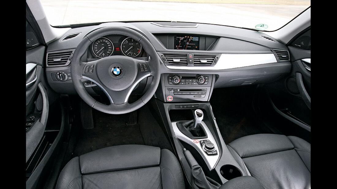 BMW X1 s-Drive 18d Cockpit
