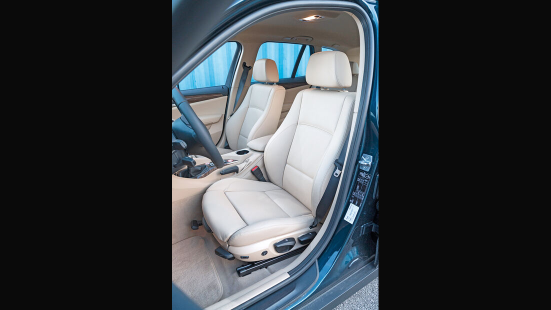 BMW X1 sDrive 20i, Fahrersitz