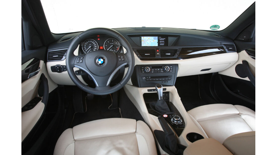 BMW X1 xDrive 18d, Cockpit
