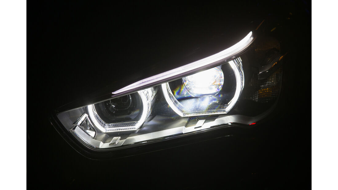 BMW X1 xDrive 20d, Frontscheinwerfer