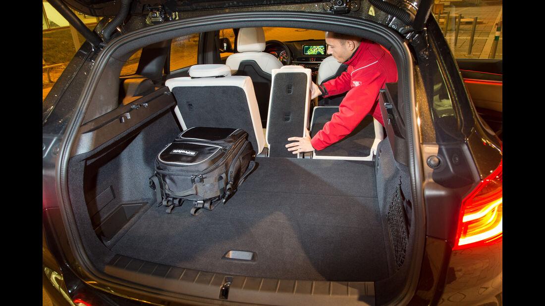 BMW X1 xDrive 20d, Rücksitze, Umklappen
