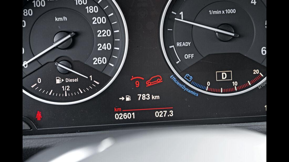 BMW X1 xDrive 20d, Rundinstrumente