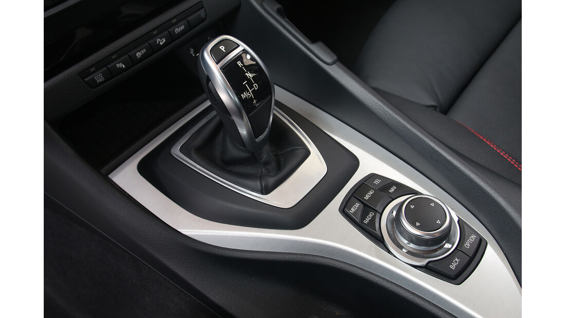 BMW X1 xDrive 20d Sport Line, Schalthebel