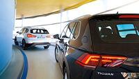 BMW X1 xDrive 20d, VW Tiguan 2.0 TDI 4Motion, Heckansicht
