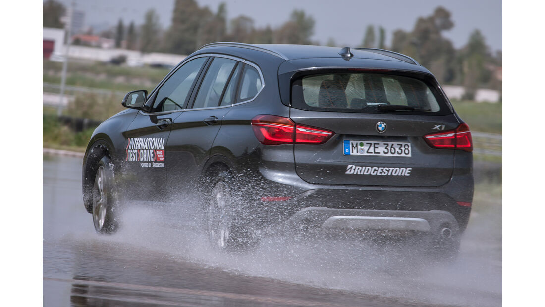 BMW X1 xDrive 20i xLine, Heckansicht