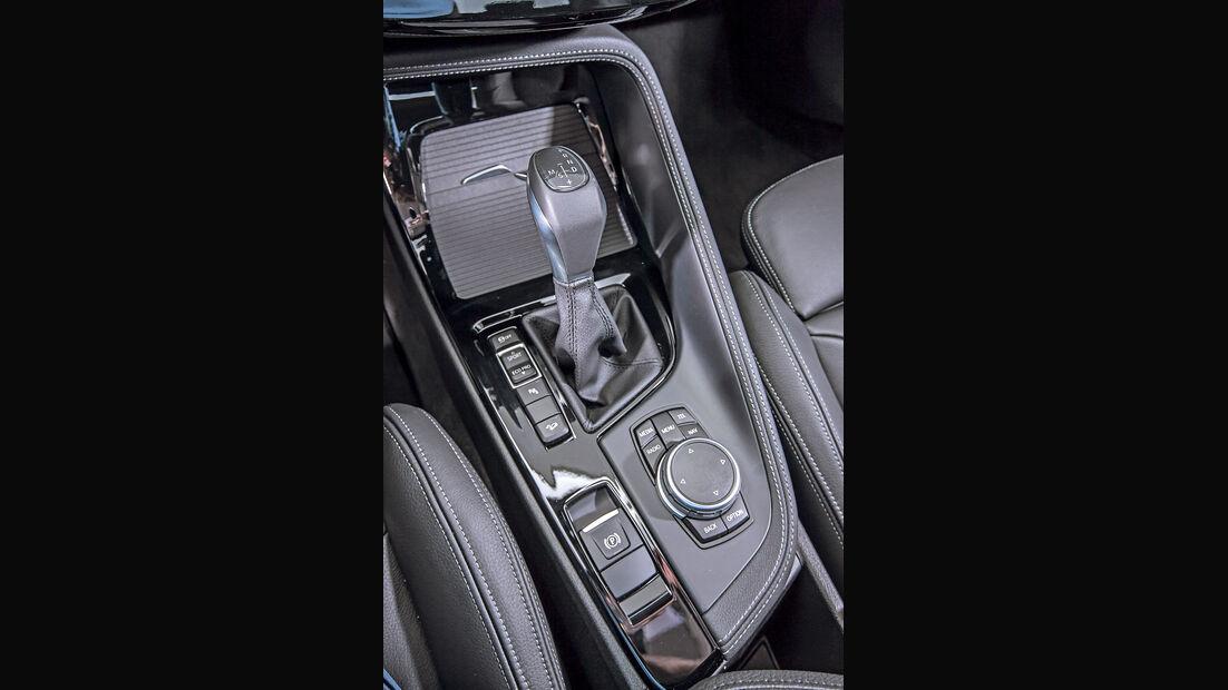 BMW X1 xDrive 20i xLine, Schalthebel